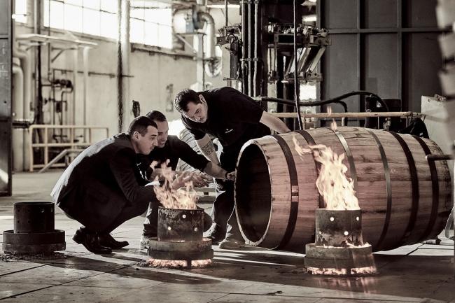 「ルイ13世」100年先へ想いを込めて、特別な「ティエルソン」樽の再生産に着手